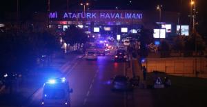 Fuat Avni'den İstanbul Atatürk Havalimanı saldırısına ilişkin açıklama geldi