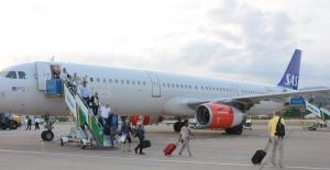 Gazipaşa - Alanya Havaalanı ilk Airbus A321'i karşıladı