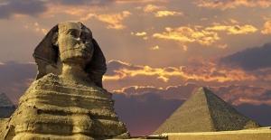 IŞİD: Mısır piramitlerini de patlatacağız