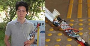 Lise öğrencisi görme engelliler için değnek geliştirdi