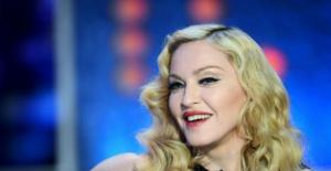 Madonna'dan Atatürk Havalimanı tweeti