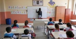 Öğrencilerin devamsızlıkları silinecek