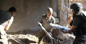 PKK'lılar Nusaybin'de silahları gömüp teslim olmuşlar!