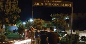 Suruç'taki skandal tabelayı polisler söktü!