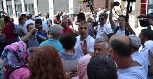 Taksim'de 'Özgür Gündem gazetesi' gerginliği!