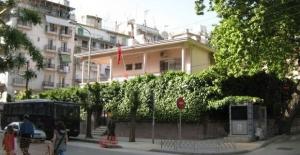 Türkiye'nin Selanik Başkonsolosluğu'na molotoflu saldırı düzenlendi!