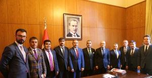 Türkonfed Başbakan Yardımcısı ve Bakanlarla Politika Önerilerini Tartıştı