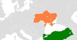 Ukrayna ile anlaşıldı 90 gün vizesiz