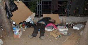 Ünlü ressam sokakta ölü bulundu