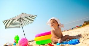 Anne ve Babalara Çocukları için Yaz Hastalıkları Uyarısı