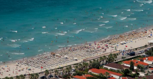 Bayram tatili nedeniyle Ege'nin nüfusu 10 kat arttı