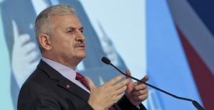 Binali Yıldırım: Gülen'in iadesi için dosyayı ABD'ye gönderdik!