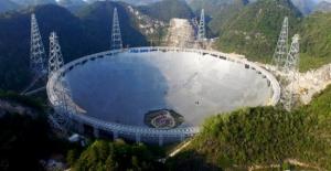Dünyanın en büyük teleskopu Çin'de kuruldu