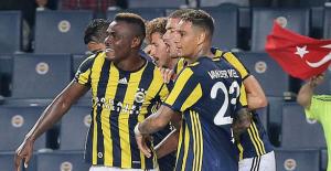 Fenerbahçe, Monaco'yu Emenike'nin attığı gollerle 2-1 yendi