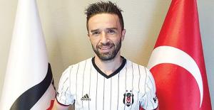 Gökhan Gönül'den Fenerbahçelilere veda mesajı