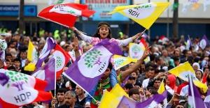 """HDP'den """"Darbelere Hayır Demokrasi Hemen"""" mitingi"""