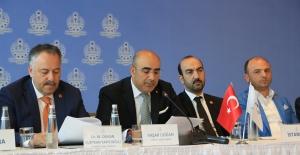 Üreten Türkiye'nin Demokrasi Hareketi'ni başlattı