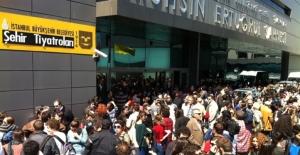 İstanbul Şehir Tiyatrolarında çok sayıda oyuncu ve yönetmen açığa alındı