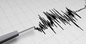 """Prof. Naci Görür, """"Marmara'dan minimum 7.2 büyüklüğünde deprem bekliyoruz"""""""