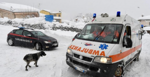 İtalya deprem sonrası çığ ile sarsıldı! 30 kişi hayatını kaybetti