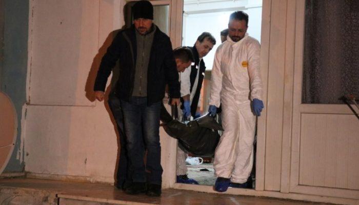 Bolu'da dehşet! Çocuklarının önünde eşini bıçaklayıp, boğazını keserek öldürdü