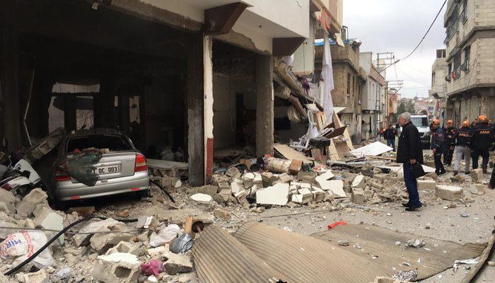 Gaziantep'te kanalizasyonda patlama! Ev ve iş yerlerinde büyük hasar