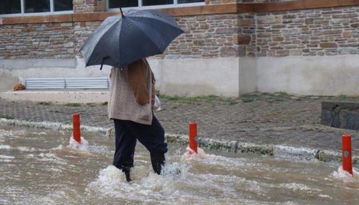 Uyarılar art arda geldi! Bodrum'da kuvvetli fırtına ve sağanak uyarısı