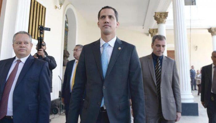 Venezuela Başsavcısı, Guaido hakkında soruşturma başlattı