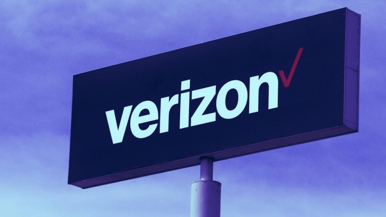 Yahoo ve AOL satılıyor: İşte yeni sahibi Verizon tarafından yapılan açıklamaya göre AOL ve Yahoo markalarını içeren medya grubunu özel sermaye...