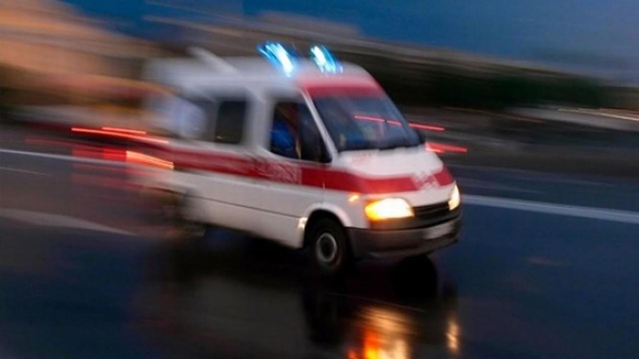 Yayaya çarpan motosiklet sürücüsü yaşamını yitirdi
