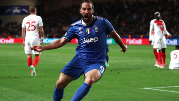 Juventus, Monaco'yu Higuain'in golleri ile devirdi